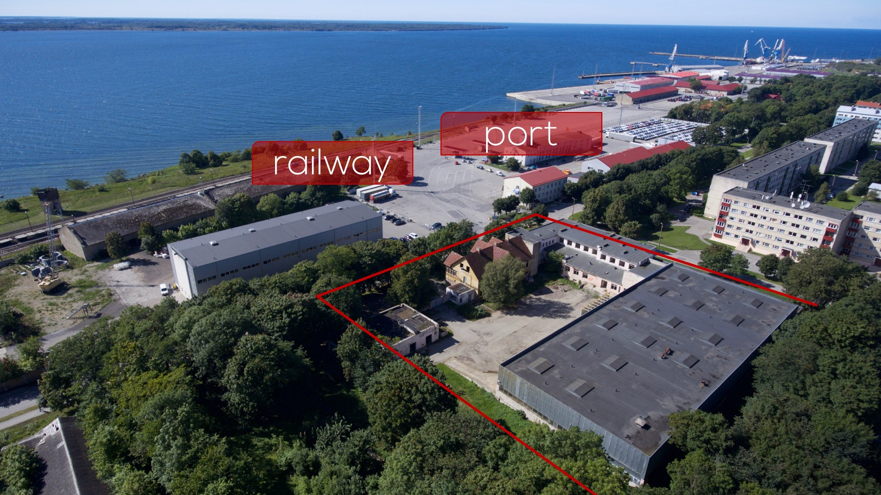 View from the sky, Kivi 2 and railway+port